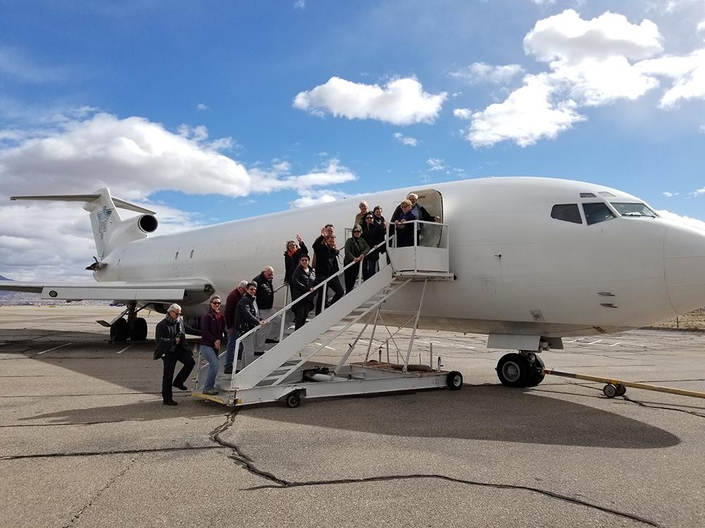 Sunport Tours - Plane - Exterior